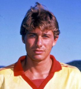 Antonio Conte hair young